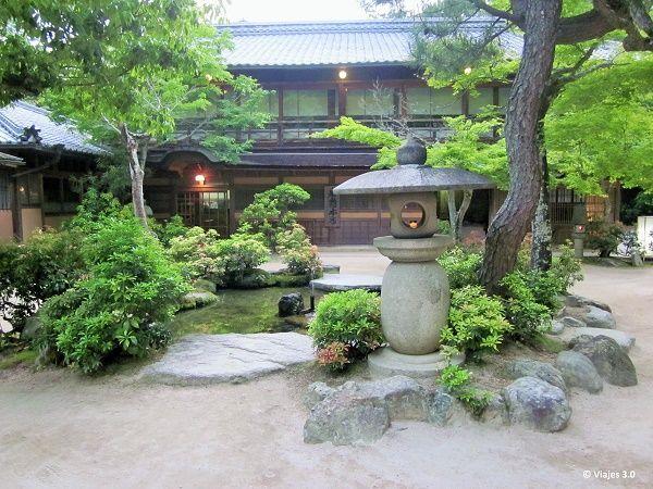 Hotel Iwaso Ryokan Jardín